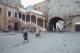 Ferrara Piazza del Municipio Scalone d'Onore 021.jpg