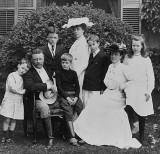 1903 - President Theodore Roosevelt and family