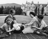 1960 - Queen Elizabeth II and family