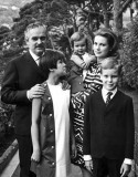 1967 - Prince Ranier, Princess Grace (née Kelly) and family