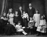 1906 - Maloney Family of Ireland