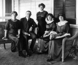 c. 1912 - Woodrow Wilson, his wife, and three daughters