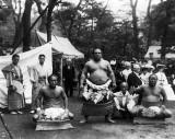1905 - Sumo wrestlers
