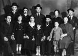 1935 - Hungarian Jewish family