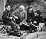 1953 - Picasso family