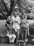 1973 - Paul Newman and Joanne Woodward with daughters