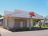 Shuttered gas station, Gatesville, TX