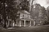 VINTAGE ABANDONED HOUSE-1193.jpg
