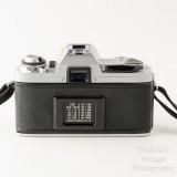 03 Minolta X-300 35mm SLR Film Camera Body with Auto 200X Flash.jpg
