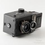 03 Lomo Lubitel 166B TLR 120 Roll Film Camera Boxed.jpg