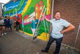 Onthulling Muurschildering in Hundertwasser Stijl