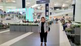 May 2016 - Karen at the humongous Woodfield Mall in Schaumburg, Illinois