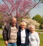 April 2008 - Don and Karen Boyd and Esther Majoros Criswell in her front yard at Franklin, Tennessee