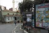 Istanbul Beyoglu downhill march 2017 3393.jpg