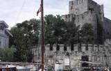Istanbul along Bosporus 018.jpg
