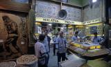 Istanbul at Egyptian Bazar 258.jpg