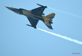 Soloturk-F-16-Fighting-Falcon-bucharest-airshow-bias2017_02.jpg