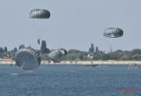 aeronautic-show-bucuresti-parasutisti-militari_06.JPG