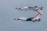 USAF Thunderbirds - Flying their Reflection Pattern