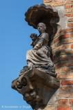 Moerstraat 36 - Zittende Maria met Kind
