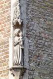 Carmersstraat 21 X Rijkepijndersstraat - staande Maria met Kind