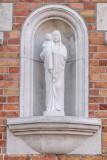 Stijn Streuvelsstraat 32 -Staande Maria met Kind