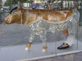 The glitzy cow