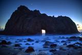Key Hole Arch Moonset