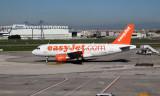 Easyjet A319-111 at Naples