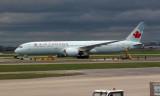 Air Canada Boeing 787-9 Dreamliner, Toronto Pearson Airport