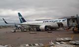 Westjet Boeing 767-338(ER), Toronto Pearson Airport