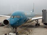 Vietnam Airlines Boeing 787-9 at CDG