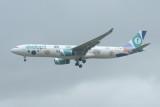Evelop !  Airbus A330-300 EC-MII