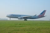 American Airbus A330-200 N284AY