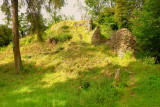 The  motte remains  in  situ in  stone .