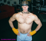 boxing stud hairymuscles.jpg