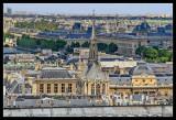 Vista de la Sainte-Chapelle desde Notre Dame, al fondo el Museo del Louvre
