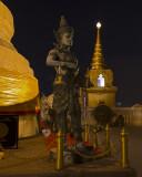 Wat Saket Statue