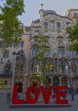 Barcelona  L O  V  E