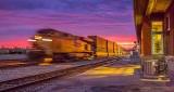 Sunrise Freight Train 48963