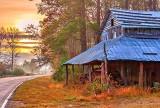 Old Tobacco Barn at Sunrise 0777v2