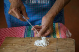 Making alfeñique sheep