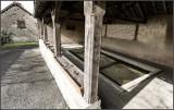 old wash-house / le vieux lavoir