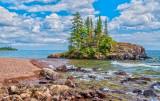* Grand Marais: Paradise Island Rocks
