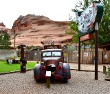 Roadside Attraction at Hole N the Rock Moab 210