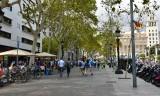 Busy La Rambla by Placa de Catalunya Barcelona 406