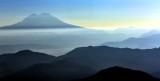 Mount Rainier National Park in Haze 048