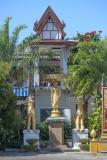 Wat Si Chonlathan วัดศรีชลธาร
