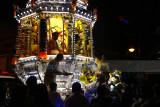 Devotees seek blessings