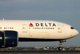DELTA BOEING 777 200LR SYD RF IMG_6480.jpg